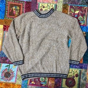 Vintage Sweaters - VTG Unisex Sweater Crew Neck Fuzzy